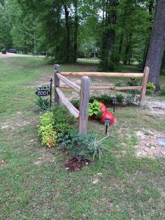 Transcendent Front Garden Fencing Ideas 5 Helpful Hacks: Split Rail Fence Beautiful easy fence f Driveway Landscaping, Backyard Fences, Pool Fence, Driveway Fence, Rustic Landscaping, Driveway Ideas, Front Yard Fence, Fenced In Yard, Split Rail Fence