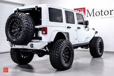 2015 Jeep Wrangler Unlimited Sport | Bright White / Custom Leather | 101 Motors Media