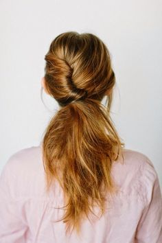 INSPIRING FRENCH TWIST PONYTAILS: French Twist Ponytail This French Twist Ponytail is a cute and easy hairstyles, perfect everyday style but can also contrast as a polished glamorous look. My Hairstyle, Ponytail Hairstyles, Pretty Hairstyles, Hair Ponytail, Tousled Hair, Hairstyles 2016, Pony Hair, Updos, Fashion Hairstyles