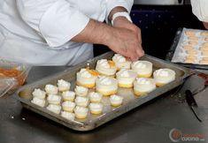 Step 14 - Mini bavarese mignon all'arancia Dairy, Cheese, Mini, Desserts, Food, Tailgate Desserts, Deserts, Essen, Postres