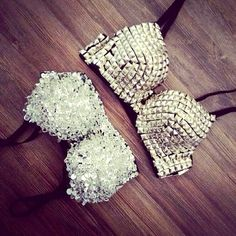 Love these Studded bra Studded Bra, Do It Yourself Fashion, Cute Bras, Rave Wear, Rave Outfits, Sexy Outfits, Trendy Outfits, Festival Outfits, Swagg