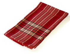 Handwoven cotton dish towel – hand hemmed. This towel is hand woven in a basket weave pattern, which gives an interesting texture to the fabric.