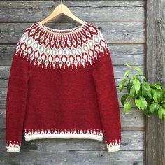 Telja pattern by Jennifer Steingass – Knitting patterns, knitting designs, knitting for beginners. Fair Isle Knitting Patterns, Fair Isle Pattern, Sweater Knitting Patterns, Knitting Designs, Knit Patterns, Free Knitting, Norwegian Knitting, Icelandic Sweaters, I Cord