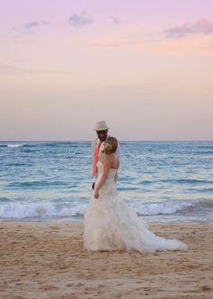 Beach wedding, tropical, sunset, sunset-theme, orange, coral, pink