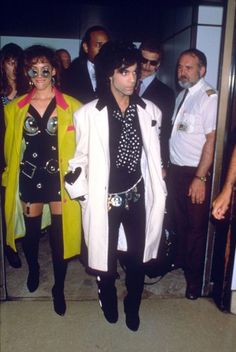 Prince and Sheila E. Prince with frequent collaborator Sheila E. at the Heathrow Airport in 1988.
