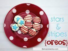 Stars & Stripes Oreos. cute idea!