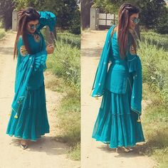 We Coustmize all Boutique Collection On Order So Design Discuss✅ Estimate Price Order✅ & Any inqery Plz Whatsp📲or 📞Call Mr. Sarara Dress, The Dress, Party Dress, Indian Wedding Outfits, Indian Outfits, Red Lehenga, Lehenga Choli, Indian Lehenga, Saree