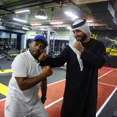 Majid MRM con el entrenador Chill, 28/06/2014. Vía: Dubai Fitness Championship (dxbfitnesschamp)
