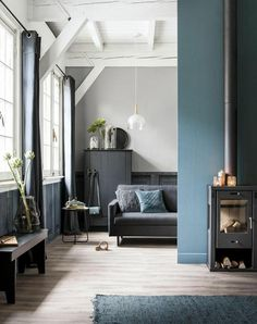 'Minimal Interior Design Inspiration' is a biweekly showcase of some of the most perfectly minimal interior design examples that we've found around the web - Blue Lounge, Living Room Grey, Home And Living, Living Room Decor, Small Living, Decor Inspiration, Interior Design Inspiration, Daily Inspiration, Apartment Interior Design
