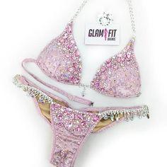 Bikini Competition Suits, Fitness Competition, Brazilian Briefs, Bikini Bodybuilding, Wbff Bikini, Figure Suits, Diva Design, Bling Shoes, Suits