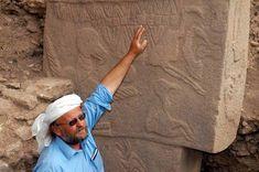 Göbeklitepe - Cennetin Keşfi - Dünyalılar Schmidt, Ancient History, Year Old, Twitter, Ancient Egypt, Trendy Tree, Age