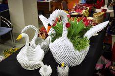 Kahvipussiaskartelu innostaa vuodesta toiseen - Paikalliset - Turun Sanomat Straw Bag, Dinosaur Stuffed Animal, Christmas Ornaments, Toys, Holiday Decor, Crafts, Animals, Sachets, Manualidades