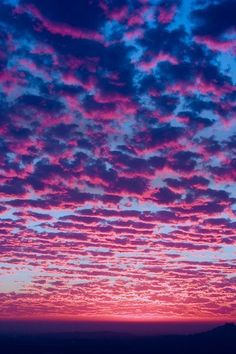 Blue and Pink Sky at sunset. Pretty Sky, Beautiful Sunset, Beautiful World, Ciel Rose, Purple Sky, Sky And Clouds, Storm Clouds, Pink Clouds, Colorful Clouds