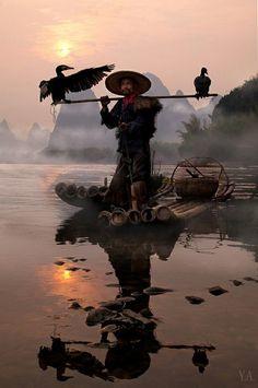 "world-ethnic-beauty: ""   A cormorant fisherman on the Li River near Yangshuo in China's Guangxi Province. """
