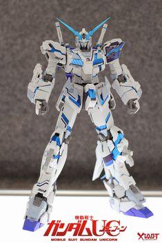 MG 1/100 Unicorn Gundam ANA Color - Customized Build   Modeled by Jon-K