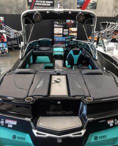 Best Boats, Cool Boats, Boat Design, Yacht Design, Speed Boats, Power Boats, Malibu Boats, Boat Brands, Wakeboard Boats