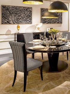Heritage Collection - Royal table and Elisabetta chairs www.luxurylivinggroup.com #Heritage #LuxuryLivingGroup