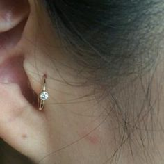 I like this Tragus hoop Tragus Jewelry, Cartilage Earrings, Cool Piercings, Tragus Piercings, Piercing Tattoo, Body Jewelry, Jewlery, Piercing, Accessories