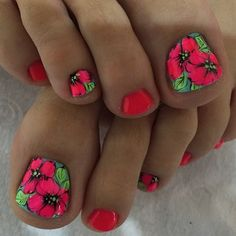 I want flowers on all my toenails. Pretty Toe Nails, Cute Toe Nails, Pretty Toes, Toenail Art Designs, Toe Nail Designs, Colorful Nail Designs, Flower Pedicure Designs, Toe Nail Color, Toe Nail Art