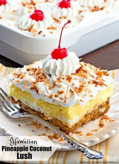 This island inspired Hawaiian Pineapple Coconut Lush is a celebration of the flavor combination of pineapple, coconut, macadamia nuts and all things creamy. Hawaiian Desserts, Bbq Desserts, Pineapple Desserts, Pineapple Recipes, Pineapple Coconut, Pudding Desserts, No Bake Desserts, Just Desserts, Delicious Desserts