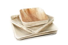 10 x New biodegradable party plates made from palm leaf. Sturdy 9 inch square plates, an excellent alternative to plastic or paper Palm Leaf Plates, Palm Tree Leaves, Square Plates, Party Plates, Plates And Bowls, Biodegradable Products, Dinnerware, Vietnam, Seal