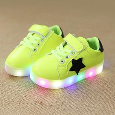 New Kids Toddler Boy/'s Light-up Skull Shoes Athletic Sneakers SZ 7 8 9 10 11