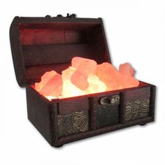 The Treasure Chest USB Himalayan Salt Lamp is 1.5 lb powered by a USB cord with a high powered LED color changing light bulb. This beautiful Himalayan Salt Lamp glows with a rotating display of color