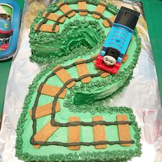 Birthday Themes Boys LOVE This Custom Thomas The Train 2 Year Old Party Cake How Adorable Is