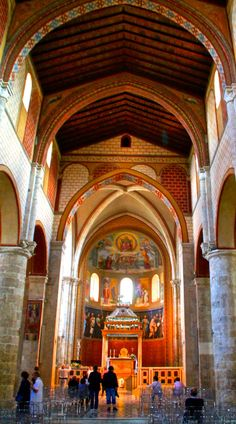 It is home to the Sistine Chapel of the 1200's, the birth place of 4 popes and the center of the Ciociaria - Anagni, the hidden gem you have been looking for in the Lazio region of Italy.