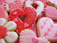 Maple Gingerbread Valentine Cookies with Vanilla Glaze & Sugar Sprinkles by Robin Traversy {The Cookie Faerie}  http://pinterest.com/thecookiefaerie/cookie-gallery-by-robin-traversy/