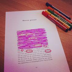 Er bestaan verschillende dichtvormen die je kan hanteren in de klas. Naast deze klassieke schrijfvormen kan je ook eens iets anders proberen om poëzie aan bod te laten komen. Je kan de leerlingen een...