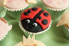 Gaston Ladybird Cupcake - Ben and Holly's Little Kingdom