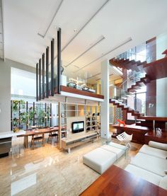 love the cantilevered space!