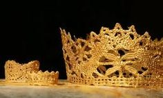 """Use lace and a touch of gold paint to create a """"gilded"""" princess crown for a homemade Halloween costume or dress-up anytime. A smaller crown would work as decoration for a fairy or doll house or even as a tree ornament. Crown Crafts, Diy Crown, Crown Art, Super Cola, Mardi Gras, Diy And Crafts, Arts And Crafts, Creative Crafts, Do It Yourself Baby"""