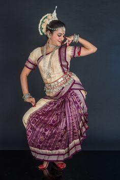 Odissi Dance in Oman with Aishwarya Hegde  #deepamodissi