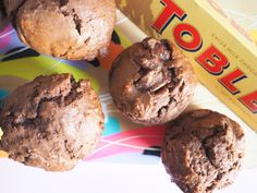Warning: This Toblerone Muffins recipe will have you licking your screen. They're chocolate and nougat and everything dreams are made of. Muffin Recipes, Cake Recipes, Dessert Recipes, Toblerone, Desserts To Make, Something Sweet, Sweet Bread, Christmas Desserts, Muffins