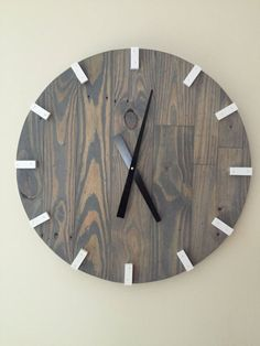 Picture wall With Clock - Large Gray Modern Wood Clock, Pallet Wood Clock, Reclaimed Wood Clock, Large Wall Clock, Unique Wall Clock. Grey Clocks, Cool Clocks, Unique Wall Clocks, Pallet Clock, Pallet Wood, Wood Pallets, Diy Wood, Diy Pallet, Wall Clock 2019