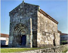 Mosteiro de Bravães (Concelho de Ponte da Barca).   A igreja do antigo Mosteiro de Bravães é um dos monumentos românicos mais significativos, devido á sua densidade escultórica. O seu pórtico de cinco arquivoltas sobressai, devido á sua decoração figurativa com sinais, bois e aves de rapina esculpidos na pedra