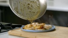 Very easy shrimp scampi (with how-to video). I love shrimp! <3 ~Dix  http://jojo.ws/l?l=dybV