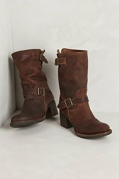 Boulder Mid-Boots #anthropologie The absolute perfect, kick-around-town boot! Great with dresses, under jeans, or over jeans. But please, unless you are a size zero, don't try to pull off leggings and a short top. So gross! These boots worth it for the color alone!