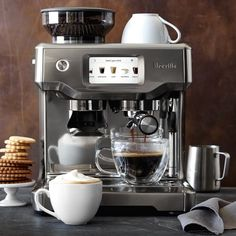 Breville Barista Touch Espresso Machine – Home Coffee Coffee Maker With Grinder, Coffee And Espresso Maker, Best Coffee Maker, Espresso Bar, Coffee Shop, Coffe Bar, Coffee Life, Coffee Cozy, Hot Coffee