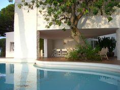 Casa Ugalde piscina amb mobles Mediterranean Architecture, 1984, Spanish, Mid Century, Exterior, World, Places, Outdoor Decor, Inspiration