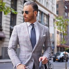 Never Worry About Standing Out. Worry About Fitting In. Be You. Always. #christopherkorey #fashion #mensfashion #blue #gq #ootd #me #tagsforlikes #like4like #dapper #bespoke #igdaily #igers #instagood #happy #friends #family #suit #menwithclass #photooftheday #beautiful #style #instafashion #newyork #love #smile #home #life #you