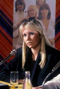 Agnetha Fältskog Musical Artist Born: April 5, 1950 Jönköping, Sweden Music group: ABBA (1972 – 1982) Spouse: Tomas Sonnenfeldt (m. 1990–1993), Björn Ulvaeus (m. 1971–1980) Children: Linda Ulvaeus, Peter Christian Ulvaeus