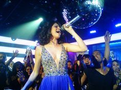 Selena Gomez performs on MTV's New Year's Even bash in Sherri Hill 43527