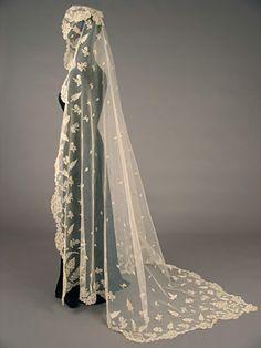 Veil: mid 19th century, English, Honiton lace.