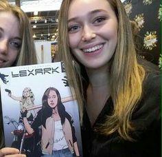 Alycia Debnam-Carey - Alycia Clark - Fear The Walking Dead - Clarke - Lexa - comic con