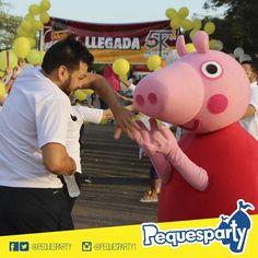 Nuestra querida #peppapig estuvo en la #caminata contra el cancer infantil. Quiéres que Peppa asista a tu #fiesta? Contáctanos. PequesParty Fábrica de Sonrisas!  #Maracaibo#venezuela#show#personajes#kids#party#mcbo#peppa#diversion#entretenimiento#sonrisas#unicos#TodoIncluido#paquetes#combo