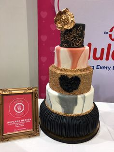 The Wedding Expo Cake Challenge with Huletts SA in Durban 2017 by Kupcake Heaven won Best Tasting and Best Decorated Cake. Cake Competition, Cake Decorating, Wedding Cakes, Groom, Heaven, Challenges, Couture, Bride, Wedding Gown Cakes