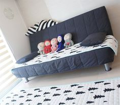 These fun patterned textiles make this simple living room so cheerful | 住まいのアイデア 埼玉・川口市 | live from IKEA FAMILY